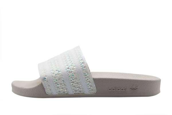cdfe22b51ed adidas Adilette Slipper Wmns