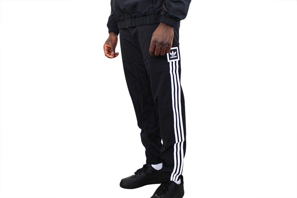 adidas Standard 20 Wind Hose