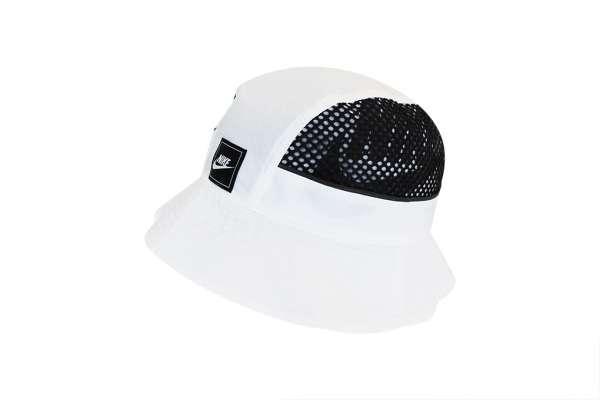 Nike Sportswear Mesh-Hut