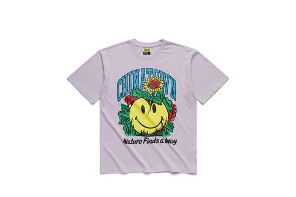 Chinatown Market Smiley Planter T-Shirt