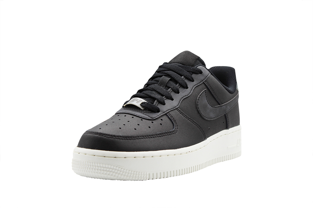 Wmns Air Force 1 07 Essential